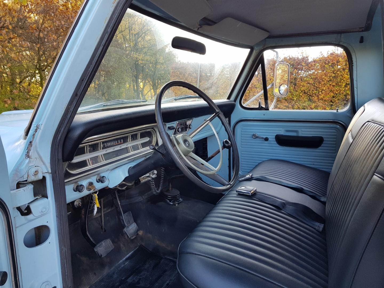 1968 Ford F250 Camper Special 360ci V8 Manual (9)