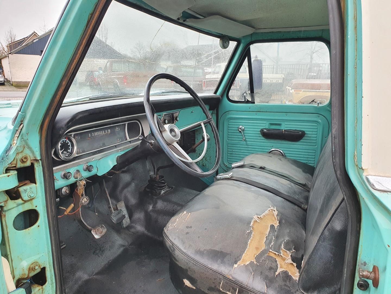 1969-Ford-F250-390ci-V8-10