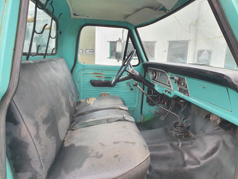 1969-Ford-F250-390ci-V8-12