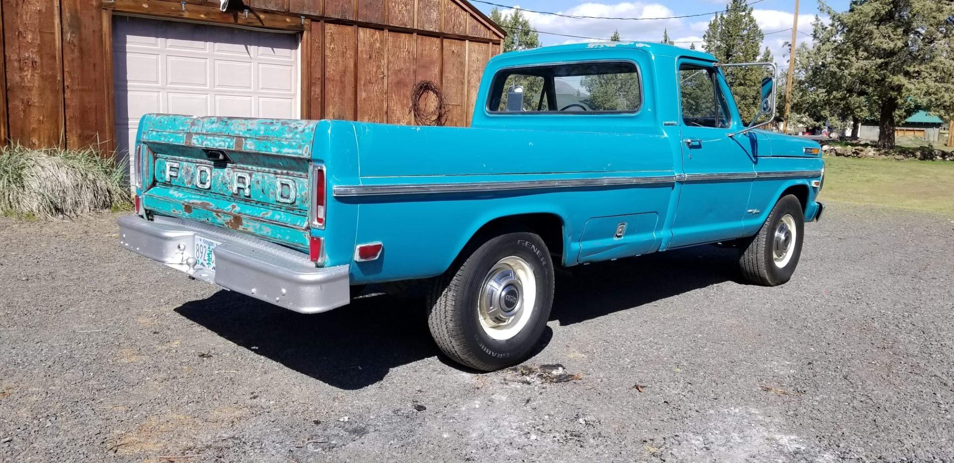 1969-Ford-F250-Custom-Cab-Camper-Special-360ci-V8-14