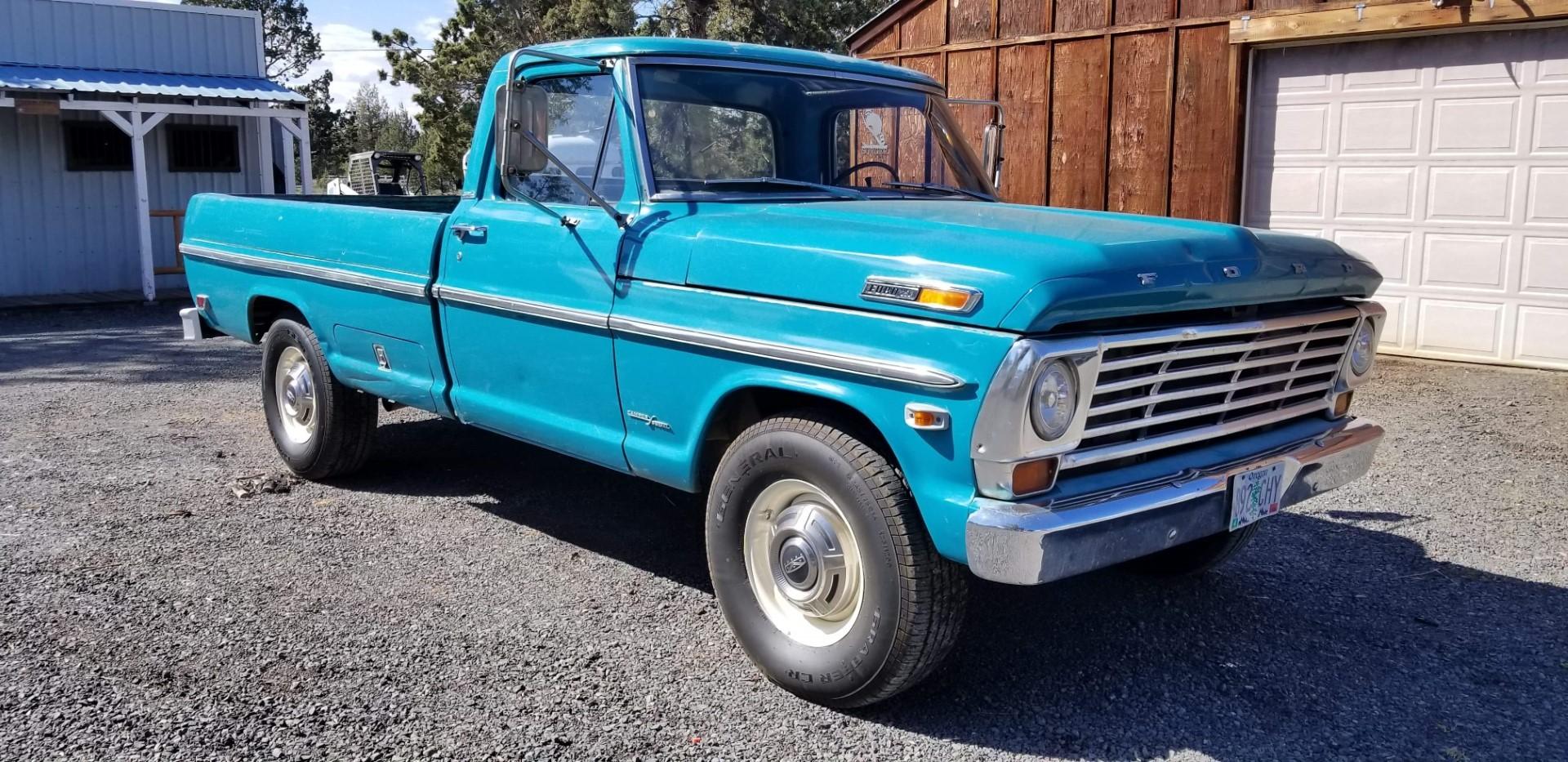 1969-Ford-F250-Custom-Cab-Camper-Special-360ci-V8-23
