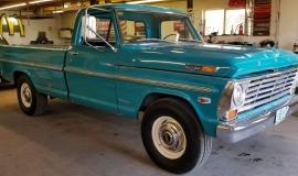 1969-Ford-F250-Custom-Cab-Camper-Special-360ci-V8-12