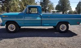 1969-Ford-F250-Custom-Cab-Camper-Special-360ci-V8-4