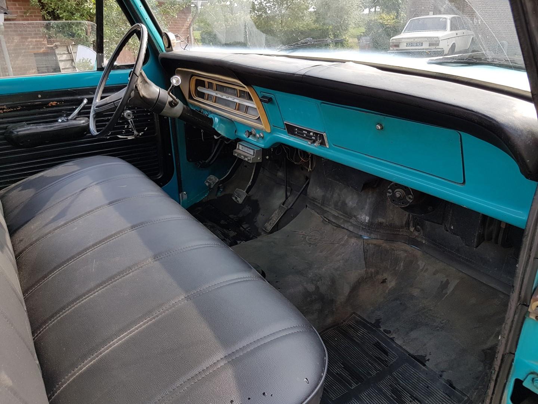 1971 Ford F100 302ci V8 (22)