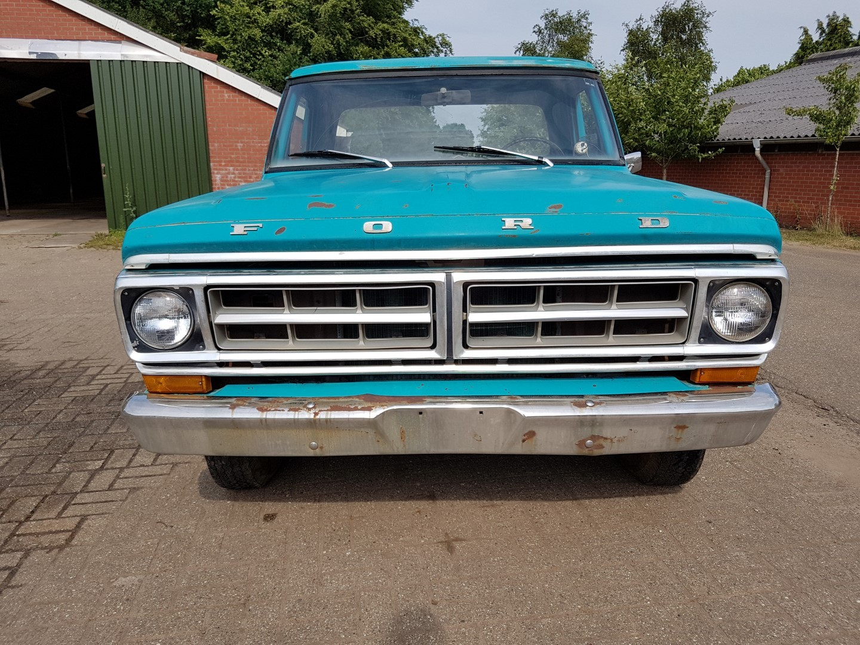 1971 Ford F100 302ci V8 (9)