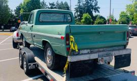 1971-Ford-F250-Custom-360ci-V8-green-4