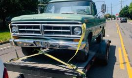 1971-Ford-F250-Custom-360ci-V8-green-7