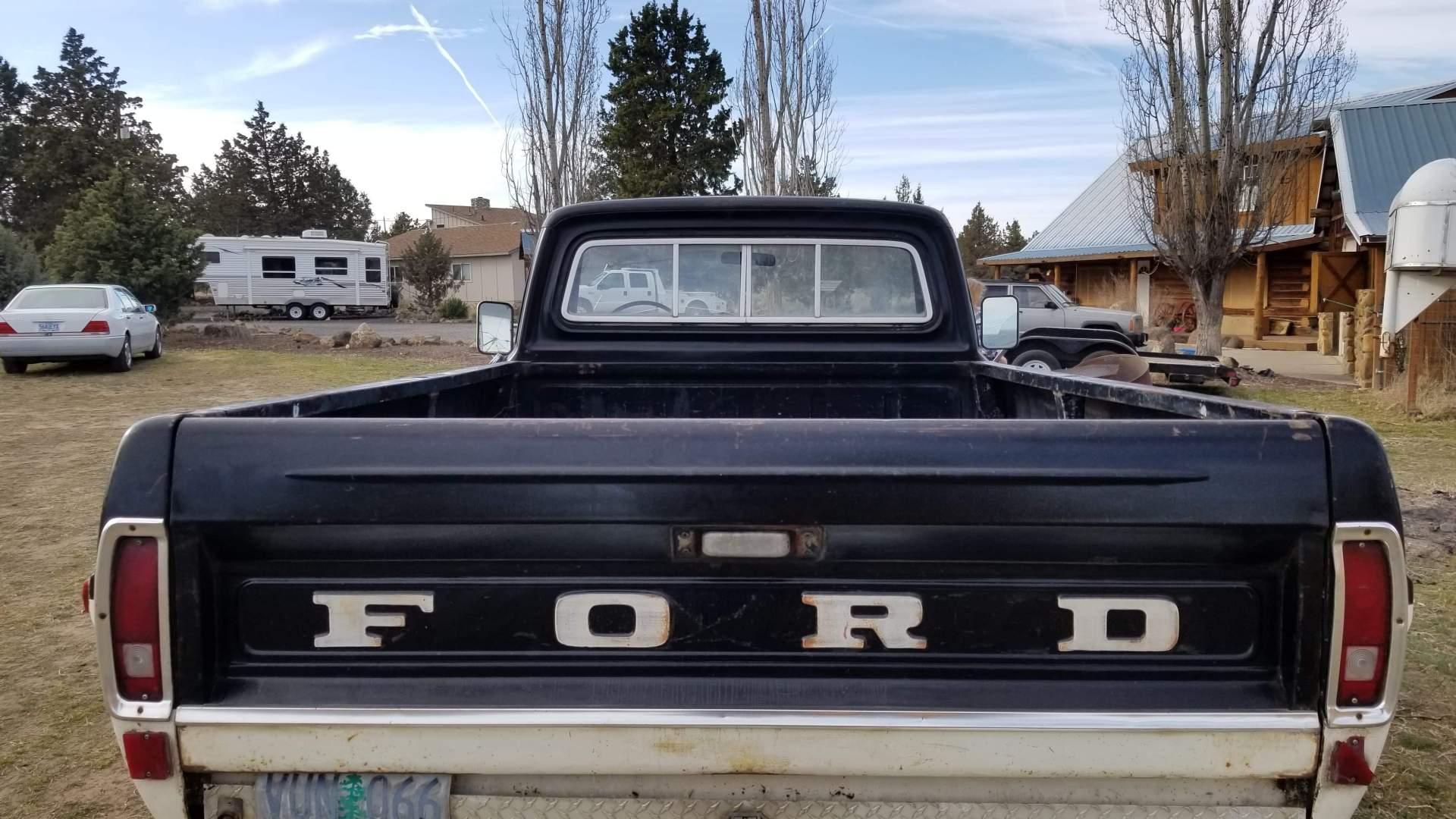 1971-Ford-F250-390ci-V8-23