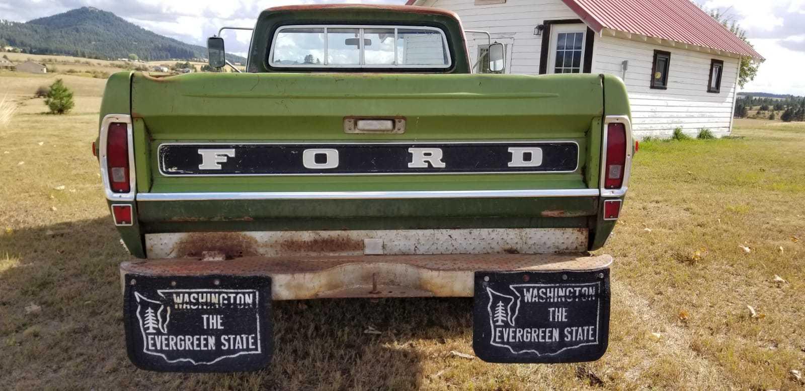 1972-Ford-F250-Camper-Special-Explorer-360ci-V8-8