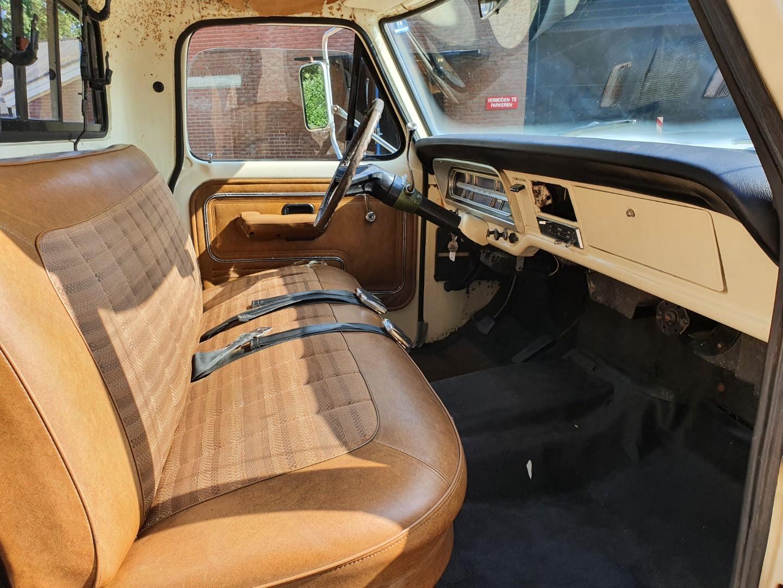 1972-Ford-F250-CamperSpecial-Explorer-460ci-V8-14