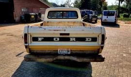 1972-Ford-F250-CamperSpecial-Explorer-460ci-V8-18