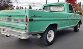 1972-Ford-F250-Sport-Custom-Camper-Special-390ci-12