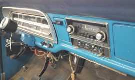 1972-Ford-F250-Sport-Custom-Camper-Special-390ci-14