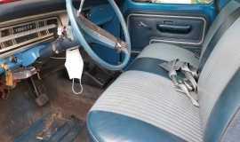 1972-Ford-F250-Sport-Custom-Camper-Special-390ci-5