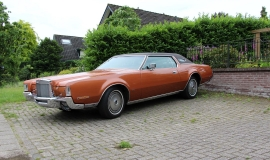1972 Lincoln Mark IV (1)