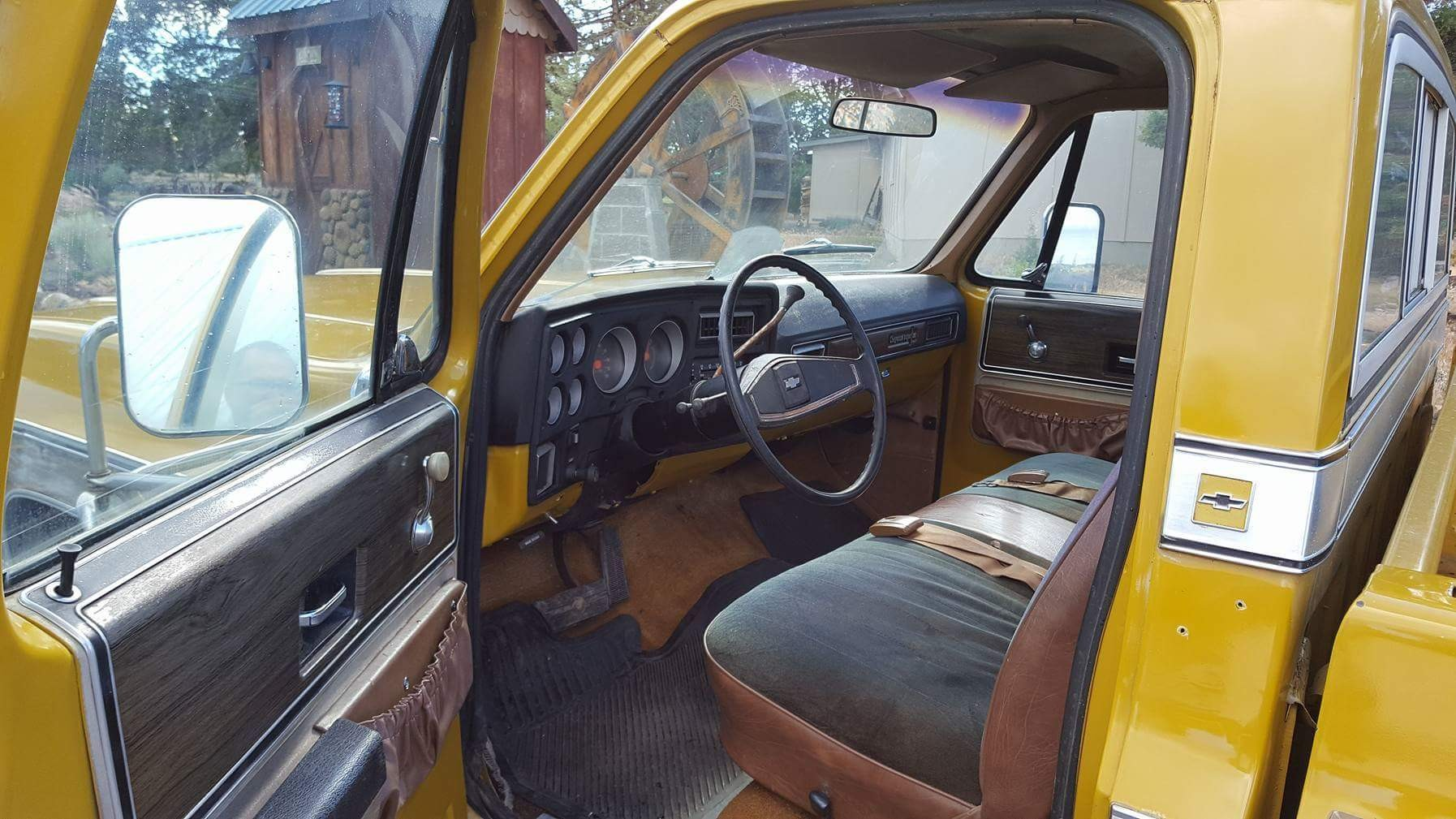 1973 Chevrolet C20 Cheyenne - 454ci - yellow (5)