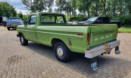 1973-Ford-F100-Custom-360ci-V8-automatic-3