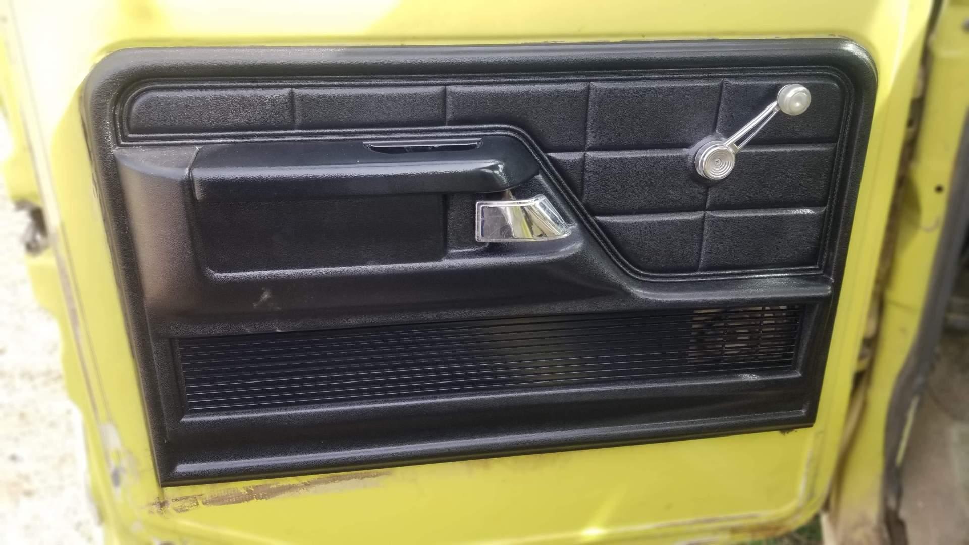 1974-Ford-F350-Ranger-Super-Camper-Special-390ci-24