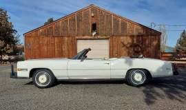 1975-Cadillac-Eldorado-Convertible-with-500ci-V8-7