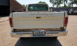 1975-Ford-F250-HighBoy-4x4-390ci-Automatic-4