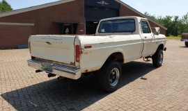 1975-Ford-F250-HighBoy-4x4-390ci-Automatic-6