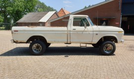 1975-Ford-F250-HighBoy-4x4-390ci-Automatic-7