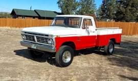 1975-Ford-F250-HighBoy-4x4-360ci-1