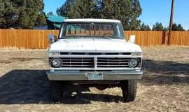 1975-Ford-F250-HighBoy-4x4-360ci-3