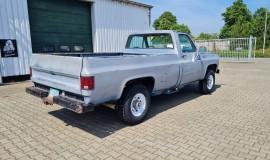 1975-GMC-K25-4x4-350ci-V8-6