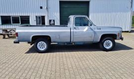 1975-GMC-K25-4x4-350ci-V8-7