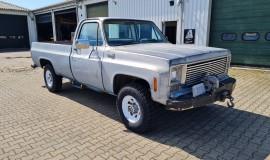 1975-GMC-K25-4x4-350ci-V8-8