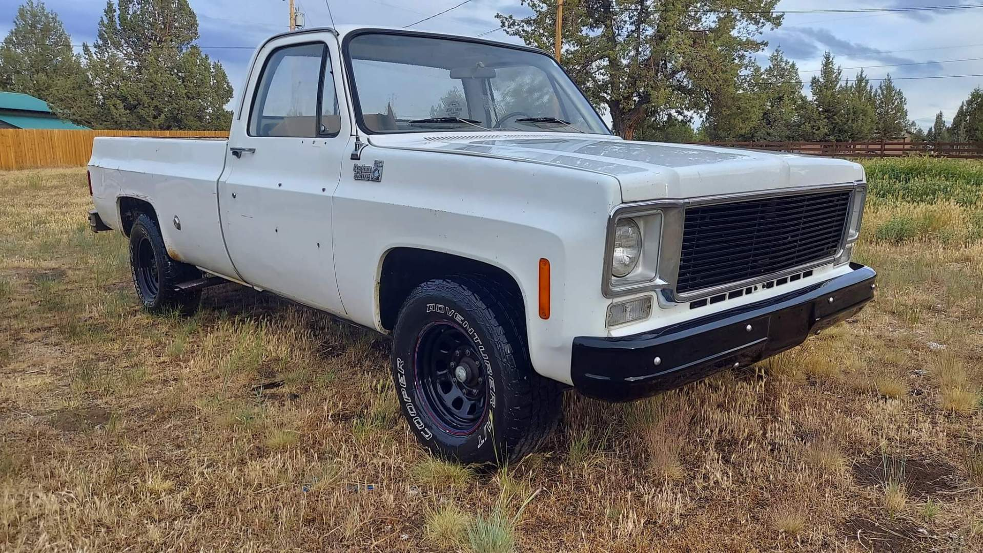 1976-Chevrolet-C20-Custom-Deluxe-350ci-V8-21