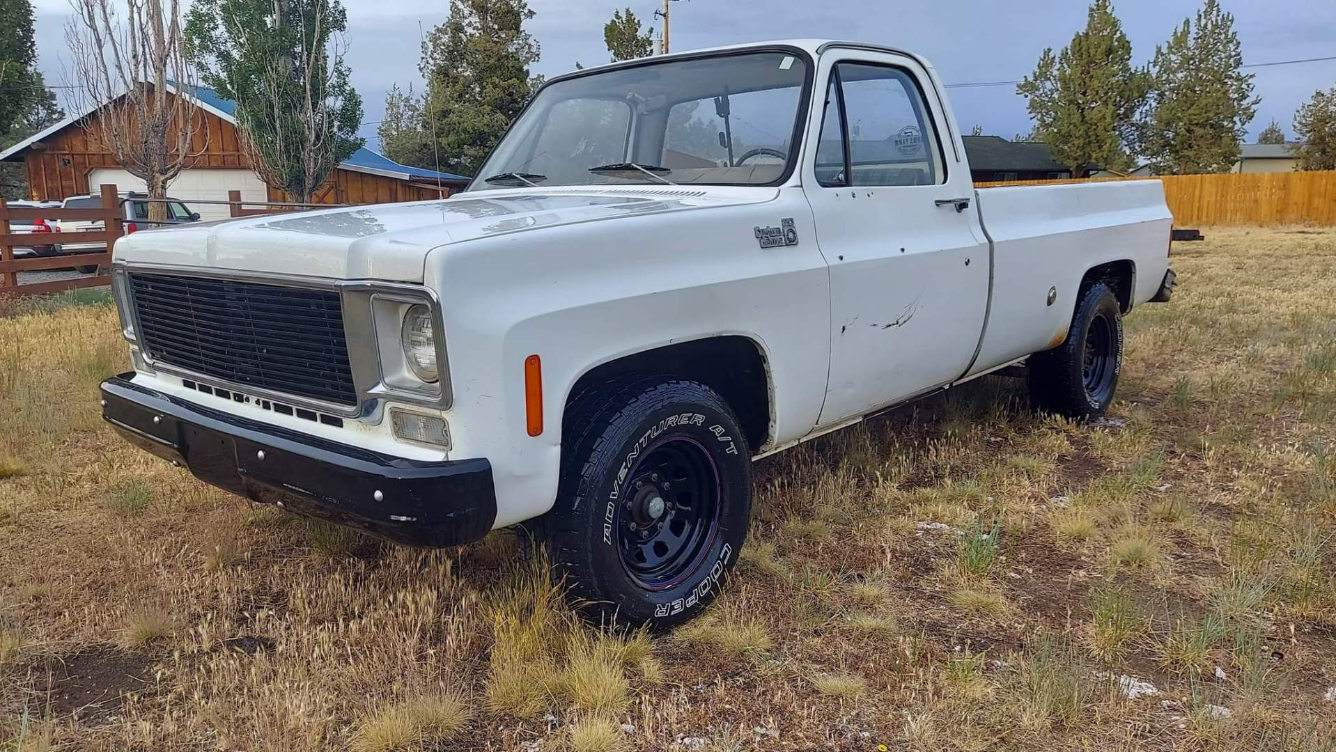 1976-Chevrolet-C20-Custom-Deluxe-350ci-V8-8