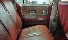1976-Chevrolet-C30-Silverado-Camper-Special-crewcab-with-454ci-1