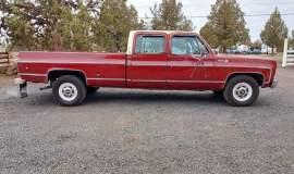 1976-Chevrolet-C30-Silverado-Camper-Special-crewcab-with-454ci-13