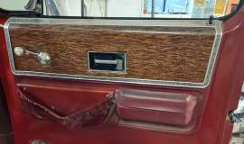 1976-Chevrolet-C30-Silverado-Camper-Special-crewcab-with-454ci-3