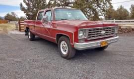 1976-Chevrolet-C30-Silverado-Camper-Special-crewcab-with-454ci-8