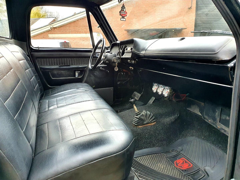 1976-Dodge-W200-4x4-318ci-V8-14