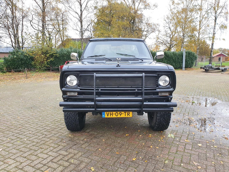 1976-Dodge-W200-4x4-318ci-V8-8