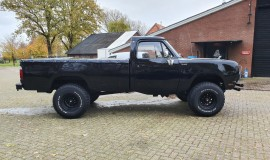 1976-Dodge-W200-4x4-318ci-V8-6