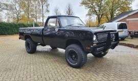 1976-Dodge-W200-4x4-318ci-V8-7