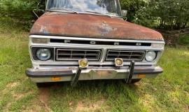 1976-Ford-F100-Explorer-351M-V8-1