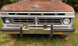 1976-Ford-F100-Explorer-351M-V8-3