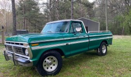 1976-Ford-F150-Explorer-360ci-V8-1