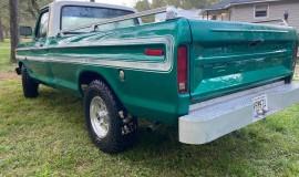 1976-Ford-F150-Explorer-360ci-V8-2