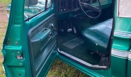 1976-Ford-F150-Explorer-360ci-V8-3
