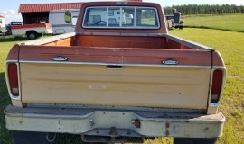 1976-Ford-F250-CamperSpecial-390ci-V8-16