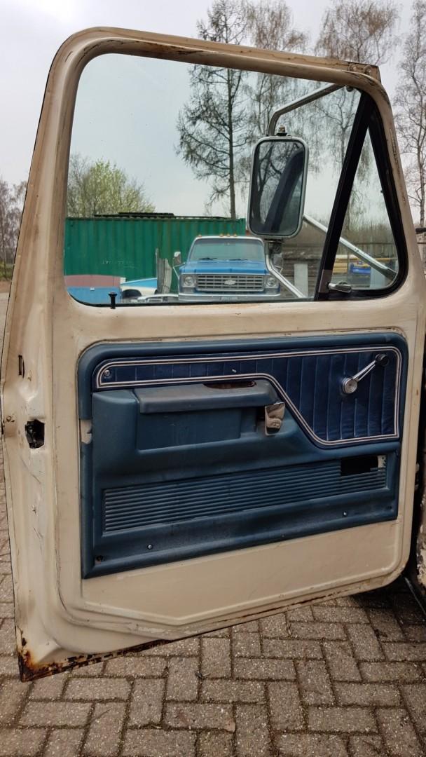 1976-Ford-F250-SuperCab-460ci-13