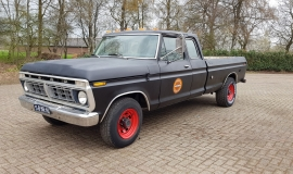 1976-Ford-F250-SuperCab-460ci-1