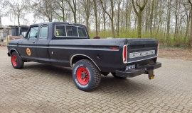 1976-Ford-F250-SuperCab-460ci-3